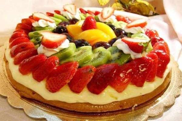 Le ricette di Franca:torta sfoglia alla frutta.