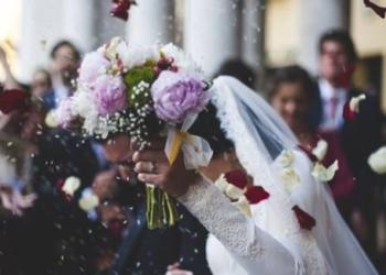 Tre Sorelle Trovano Marito a Cinque Settimane di Distanza Grazie a Dio!