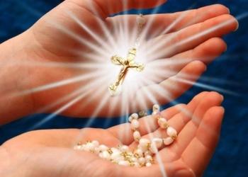Suor Silvia guarita grazie alla potenza del Santo Rosario. Ecco la sua storia