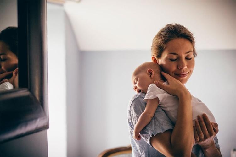 I neo genitori impiegano anche sei anni per recuperare il sonno perduto