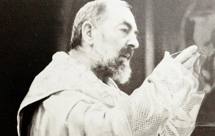 Corpo di Padre Pio: l'importante testimonianza del fotografo
