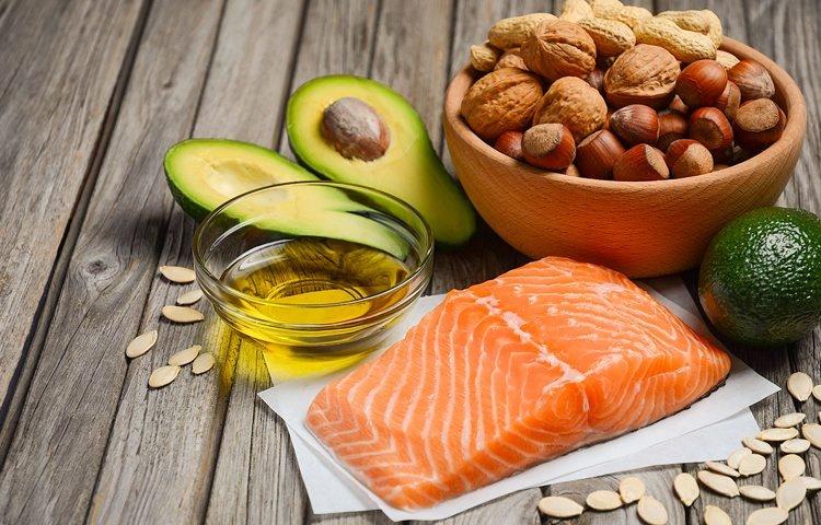 Dieta chetogenica: 10 giorni per equilibrare gli zuccheri