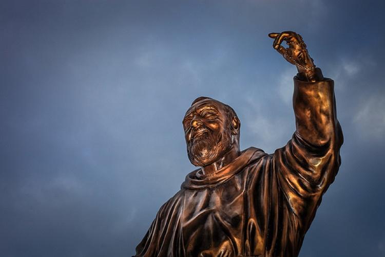 Le frasi di Padre Pio per superare i momenti di sofferenza