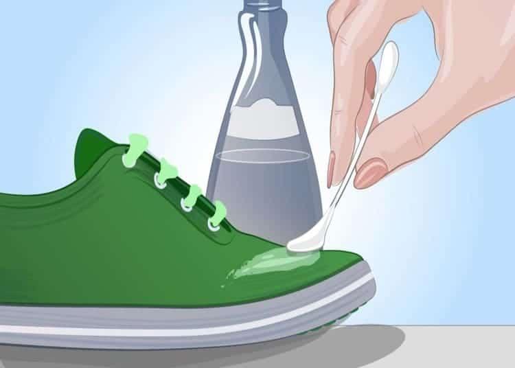 acetone-sulle-scarpe