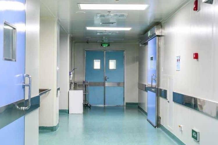 infermiera picchiata a napoli